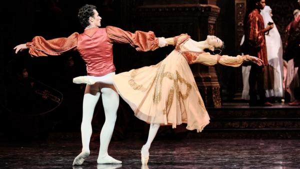 파리 바스티유 오페라에서 열리고 있는 파리오페라발레단 '로미오와 줄리엣' 공연에서 줄리엣 역을 맡은 박세은 씨. ⓒ프랑스 파리오페라발레단(POB) 홈페이지 캡처