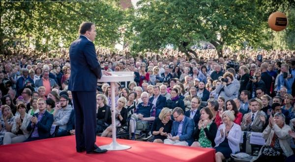 지난 2015년 스테판 뢰벤 전 스웨덴 총리가 알메달렌 정치박람회에서 연설하는 모습.  ⓒSocialdemokraterna.se