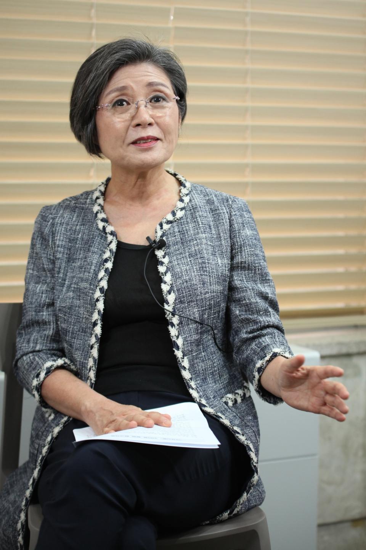 이낙연 전 더불어민주당 대표 배우자 김숙희씨가 8월19일 여성신문사에서 인터뷰를 하고 있다. ⓒ홍수형 기자