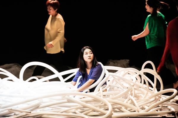 2020년 11월25일 서울 중구 명보아트홀에서 '마음대로, 점프!' 첫 단독공연이 열렸다. 김율씨도 이날 노래와 춤을 선보였다.  ⓒ한국여성의전화/김희지 작가