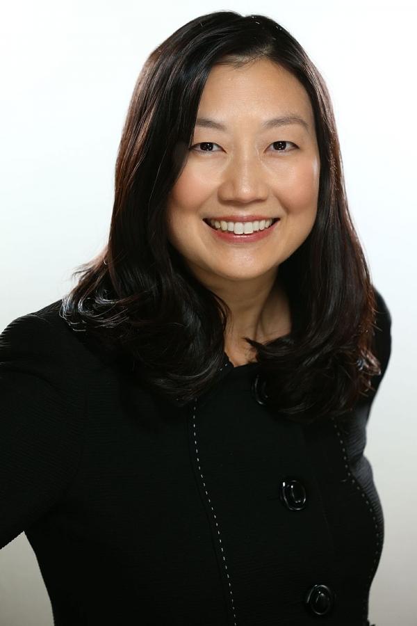 한국계 여성으로 첫 미국 연방법원 판사로 지명된 루시 고(Lucy H Koh) ⓒ위키피디아