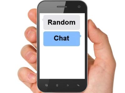 랜덤채팅은 무작위의 앱 이용자와 익명으로 채팅할 수 있는 프로그램이다. 최근 청소년 조건만남·성매매 등 각종 범죄의 창구로 악용되고 있다. ⓒ뉴시스·여성신문