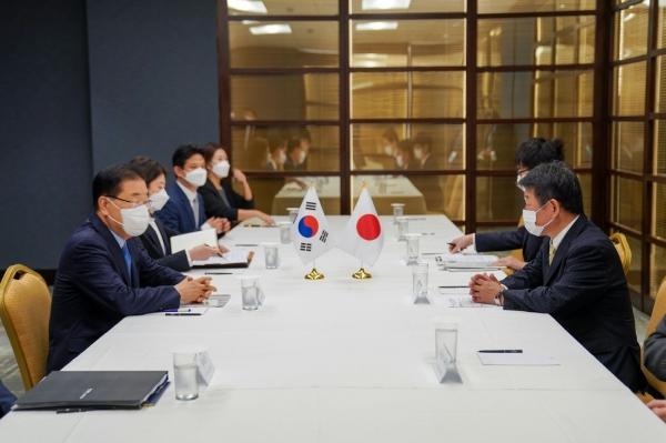 한국과 일본 외교장관이 뉴욕에서 회담을 갖고 현안을 논의했다 ⓒ외교부