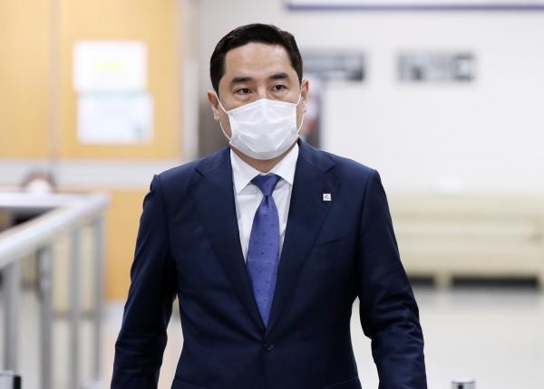유튜브 가로세로연구소 채널 운영자 강용석 변호사 ⓒ뉴시스.여성신문