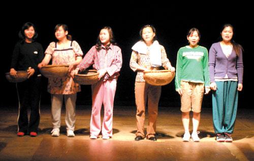 결혼이민자들이 참여한 연극 '섬 집 아기'공연 모습.sumatriptan 100 mg sumatriptan 100 mg sumatriptan 100 mg