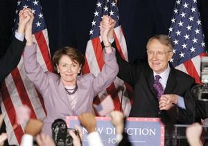 2006년 11월 중간선거에서 압승을 거둔 낸시 펠로시가 환호하는 모습.  sumatriptan 100 mg sumatriptan 100 mg sumatriptan 100 mg