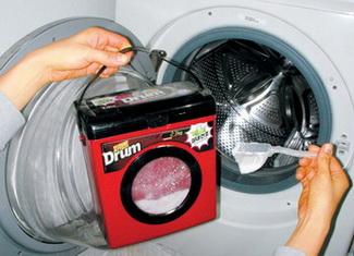 드럼세탁기 전용세제는 세탁기에 맞춰 거품이 적게 나도록 기포억제제를 첨가시킨 것이다. ⓒ정대웅 / 여성신문 사진기자 (asrai@womennews.co.kr)