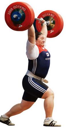 여자역도 장미란 선수는 이번 올림픽에서 한국 스포츠 역사상 올림픽 개인종목 최초 2연패에 도전한다. 사진은 2009년 고양세계역도선수권에서 4회 연속 우승했을 당시의 결승 경기 모습. ⓒ여성신문DB