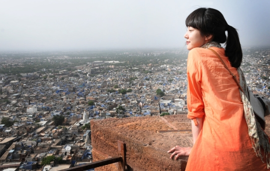 여행지에서 만난 첫사랑을 잊지 못하는 여성을 그린 영화 '김종욱 찾기'의 한 장면. (사진은 기사 내용과 관계 없음)  abortion pill abortion pill abortion pill