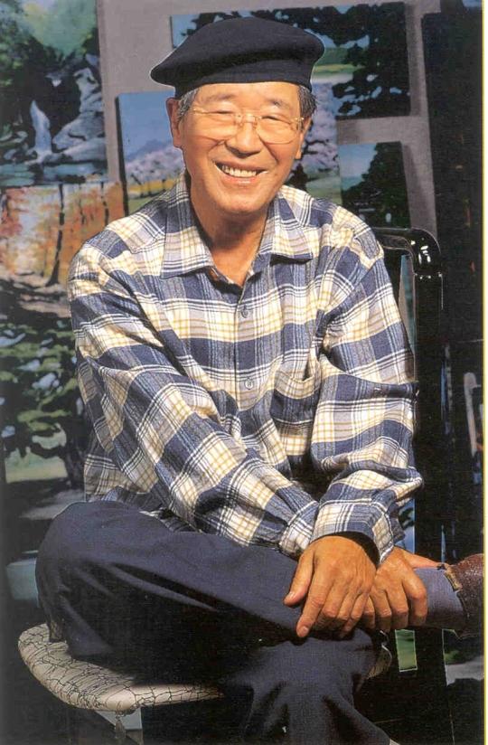이동찬 코오롱그룹 명예회장이 지난 2009년 미수(米壽. 88세)를 맞아 조선일보 미술관에서 기념 전시회를 가질때의 모습. ⓒ뉴시스·여성신문