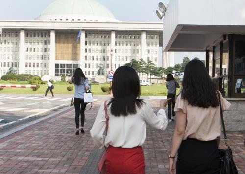 새누리당 중앙여성위원회가 12일부터 여성 보좌진 양성교육을 실시한다. ⓒ이정실 여성신문 사진기자