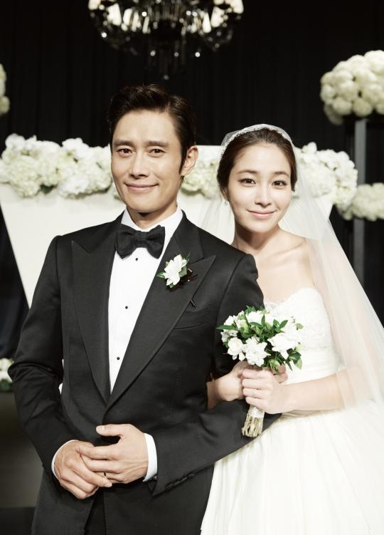 지난 2013년 결혼한 배우 이병헌, 이민정 부부의 모습 ⓒ뉴시스·여성신문