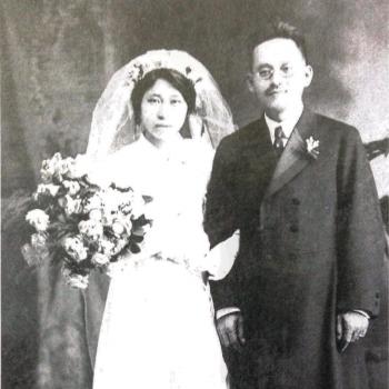 캐드린 시안의 증조부 안원규 선생과 증조모 결혼 사진.