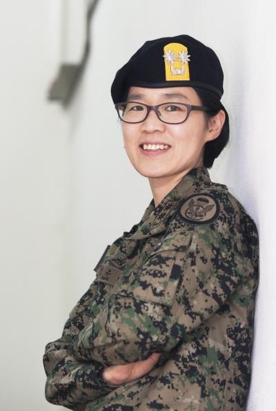 강유미 육군 특수전사령부 법무참모sumatriptan patch http://sumatriptannow.com/patch sumatriptan patch