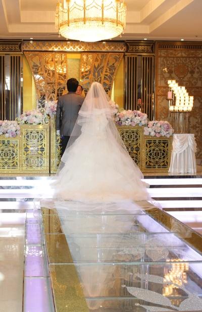 정부가 2017년부터 혼인 세액공제를 시행한다고 밝혔다. 하지만 결혼에 대한 재정·세제 인센티브 확대가 출산율을 높이는 해법이 될 수 있느냐는 반론이 거세다. ⓒ여성신문