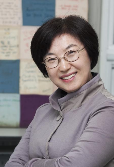 김은실 아시아여성학회장은 재임 기간 중 아시아의 젊은 여성학자들의 교류와 이들의 여성주의 연구 방법론이나 주요 의제를 주제로 학술대회를 열 구상이다. ⓒ이정실 사진기자