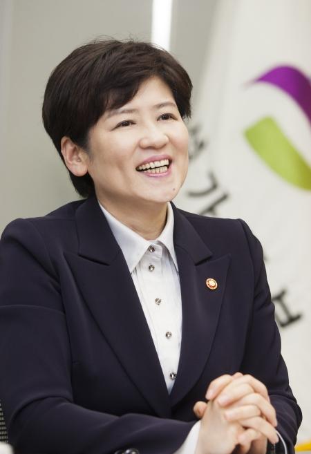 강은희 여성가족부 장관 ⓒ이정실 여성신문 사진기자