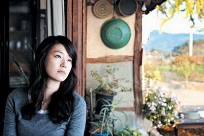 영화 '친정엄마'에 출연한 박진희씨.