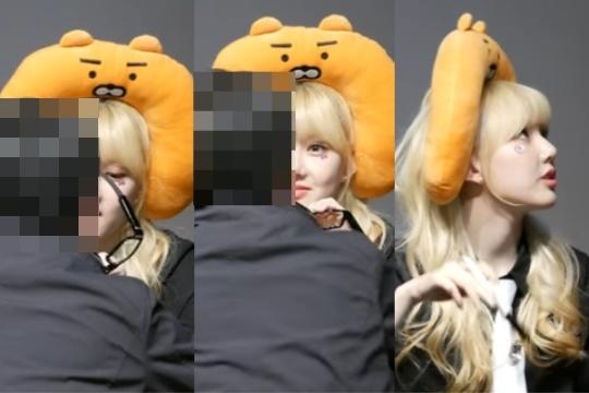 2017년 3월 31일, 그룹 '여자친구'의 팬사인회에 참석한 한 남성 팬이 뿔테안경 모양의 몰래카메라를 사용하다가 여성 멤버 '예린'에게 적발됐다. ⓒ유튜브 영상 캡처