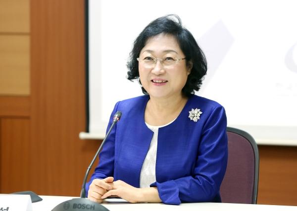 이명선 한국여성정책연구원 원장 ⓒ이정실 여성신문 사진기자