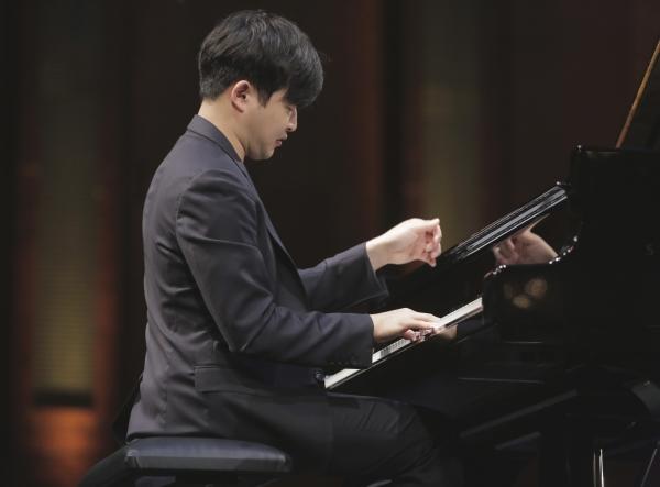피아니스트 선우예권 ⓒ목프로덕션 제공