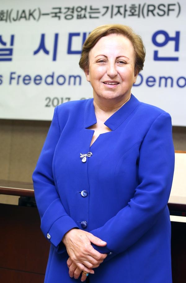 19일 서울 프레스센터에서 만난 시린 에바디 변호사. ⓒ이정실 여성신문 사진기자