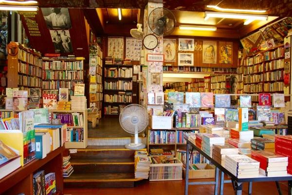 최근 동네 곳곳에 독립서점들이 생겨나고 있다. 대형서점과는 달리 친근하고 아기자기한 매력이 특징이다. 사진은 기사 내용과 직접적 연관 없음. ⓒPixabay
