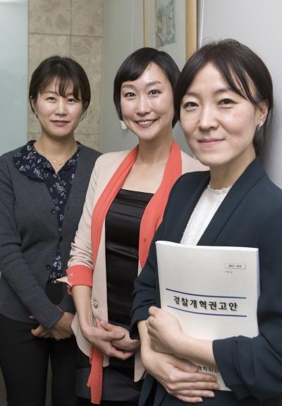 (오른쪽부터) 이은애 경찰청 피해자보호담당관실 계장(경정), 이지은 연신내지구대장(경정), 김보람 서초경찰서 교통안전과(경장) ⓒ이정실 여성신문 사진기자