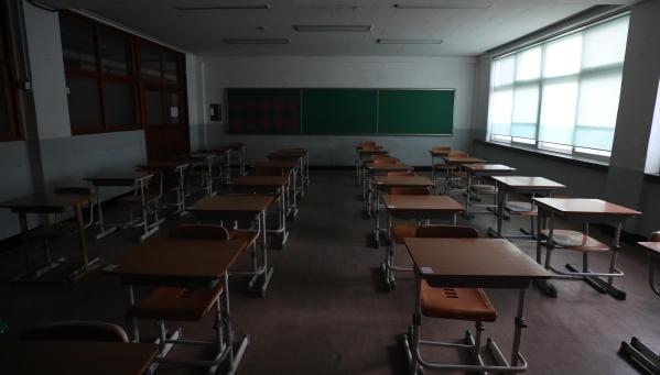 학교와 미디어, 한국 사회가 10대들, 특히 10대 남성들을 어떤 시민으로 길러내고 있는지 되묻을 때다. ⓒ뉴시스·여성신문