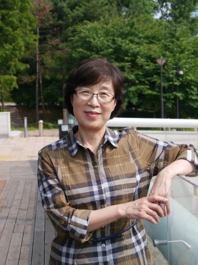 『심리학자 할머니의 손주 육아법』 펴낸 심리학 박사 조혜자씨 ⓒ홍미은 기자