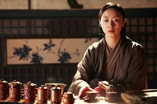 박흥식 감독의 액션 대작 '협녀, 칼의 기억'에서 대의를 지키는 검을 맡은 전도연.