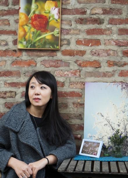 PC통신 시절 만든 닉네임 밤삼킨별로 더 유명한 김효정(38) 씨는 8일 여성신문과 만나 우리 모두에게 느리고 여유있는 삶의 속도와 방향이 필요하다고 말했다.