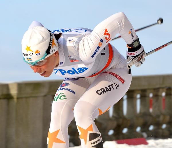 2018 평창동계올림픽 첫 번째 금메달을 차지한 스웨덴의 여자 크로스컨트리 스키 선수 샬로테 칼라. ⓒWikimedia Commons