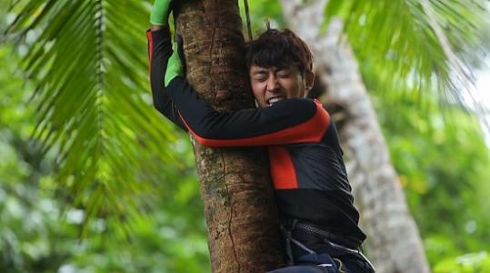 배우 손호준이 SBS 정글의 법칙에 재합류한다.