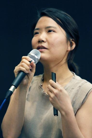 윤정원 과장이 '낙태죄 폐지라는 시작'을 주제로 이야기하고 있다. ⓒ이정실 여성신문 사진기자