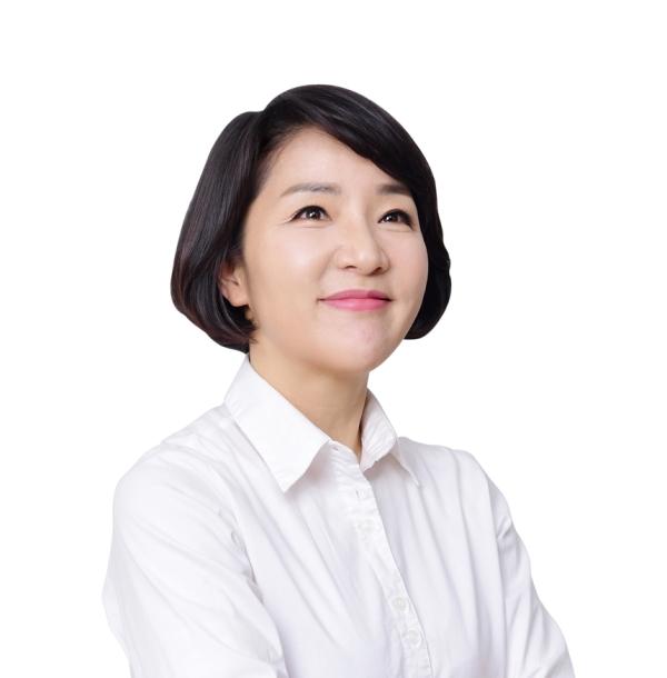 2018년 제11대 경남도의회 전반기 의장에 오른 김지수 더불어민주당 의원 ⓒ경상남도의회