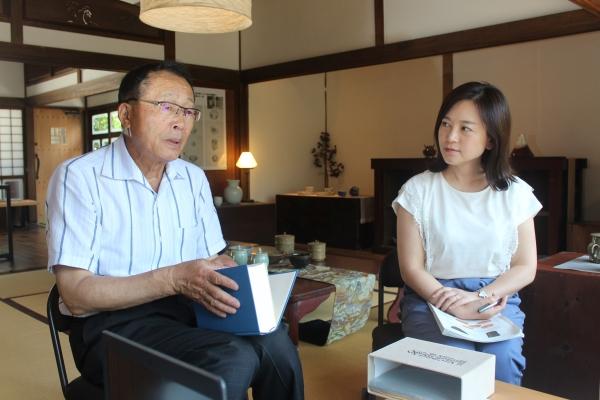 백파선갤러리의 구보다 관장(왼쪽)과 노진주 부관장(오른쪽) ⓒ후쿠오카 아리타=이유진 기자