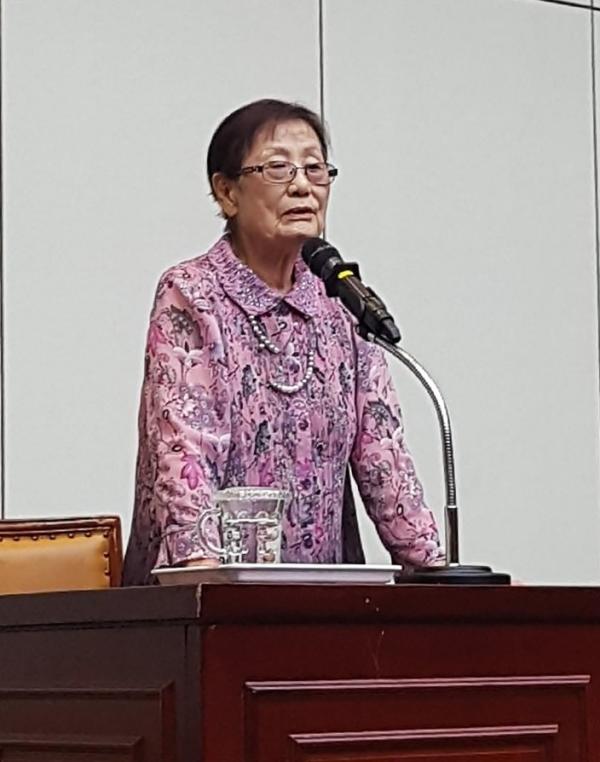 최초로 일본군 위안부 피해자의 명예회복과 일본 국가의 사과를 요구하여 시모노세키 관부(關釜)재판을 주도적으로 진행했던 김문숙 (사)정신대문제대책부산협의회 대표가 특별강연을 했다. ⓒ김수경 기자