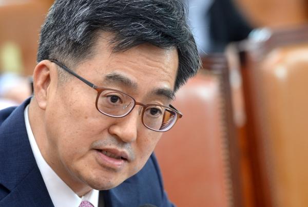 김동연 경제부총리 겸 기획재정부 장관 ⓒ뉴시스·여성신문