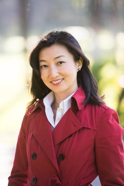 영문 동화책 '거북선(The Turtle SHip)'을 쓴 작가 헬레나 구 리(Helena Ku Rhee).
