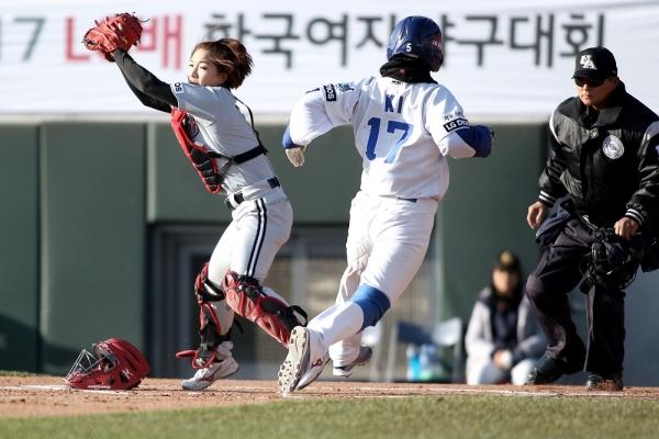LG배 한국여자야구대회가 20일 이천에서 개최된다. ⓒ한국여자야구연맹 제공