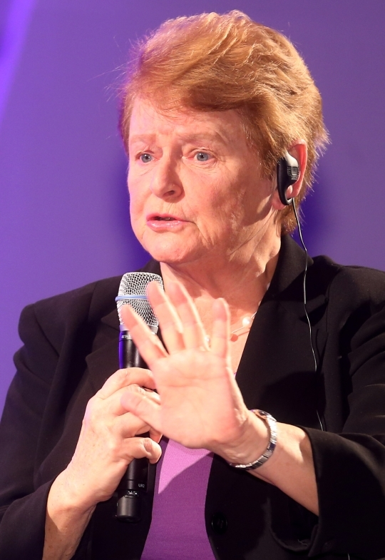 """Last month on the 28th, the """"World Women Economy Forum 2013"""" was held in Coex Intercontinental Hotel located in Samsung-dong, Seoul. Norway's former Prime Minister and this forum's keynote speaker Brundtland asserted that """"Even in an oil-producing country like Norway, women's economic participation created more GDP than oil.""""   ⓒ E Daily"""