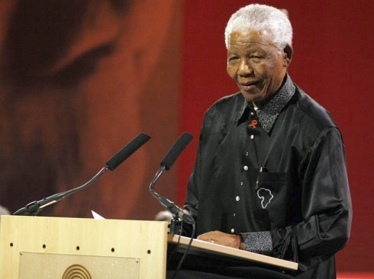Nelson Mandela, former President of South Africa, is giving a speech at the Linder Auditorium in University of Witwatersrand in 2007. ⓒ Official homepage of Nelson Mandela