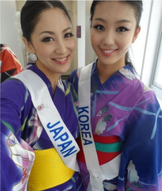 Korea's representative to the Miss International pageant and Ikumi Yoshimatsu (left), the winner in 2012.