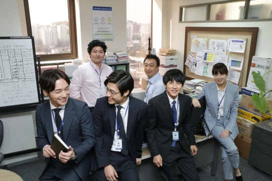 Korean TV soap opera Misaeng, which aired in 2014, was a big hit among among Korean office workers. It was said that Korean work values of hierarchy, competition and authority were well captured in the soap opera.